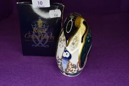 A Royal Crown Derby penguin and chick having gold stopper with box.