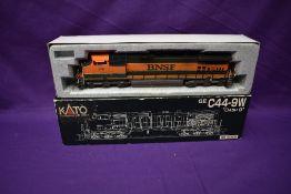 A Kato HO scale BNSF Locomotive 976, in original box 37-1901