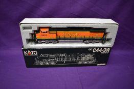 A Kato HO scale BNSF Locomotive 4929, in original box 37-6312