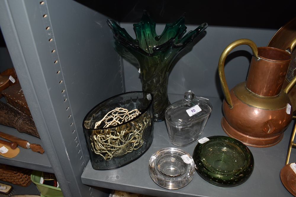 A mixed lot of art glass including green vase with naturalistic or wave like shape.