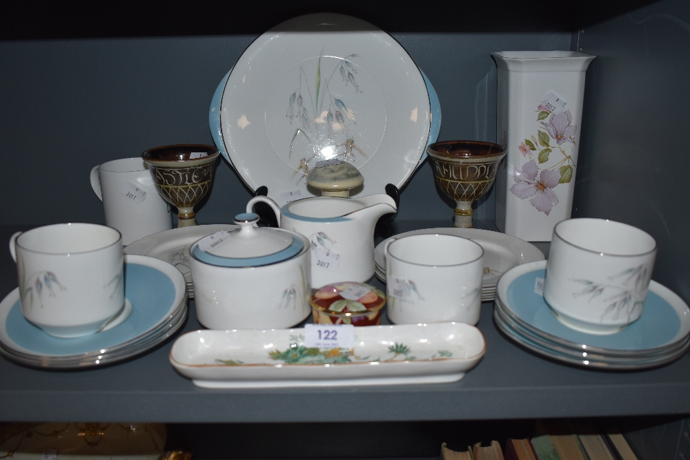 A mixed lot of ceramics including a selection of Aynsley 'Flying wild',studio pottery items, a