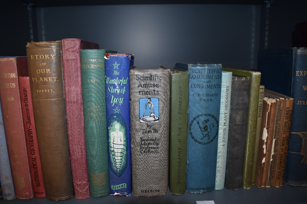 Science and the Natural World. A selection of late 19th and early 20th century monographs. Condition - Image 3 of 4