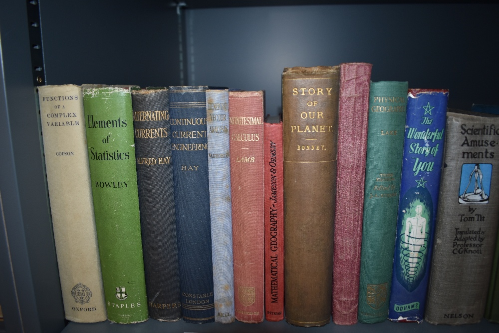 Science and the Natural World. A selection of late 19th and early 20th century monographs. Condition - Image 2 of 4