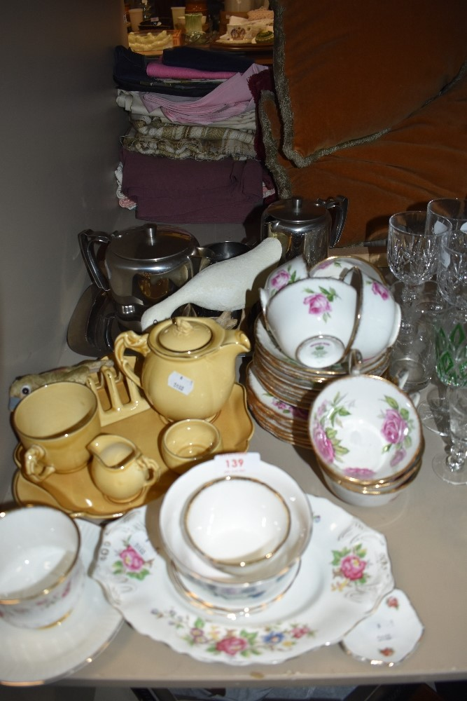 A mixed lot of ceramics including Royal Standard cups and saucers having rose pattern,breakfast