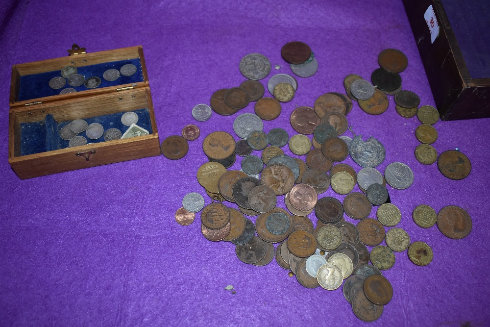 A selection of collectable coins and currency including three pence - Image 2 of 2