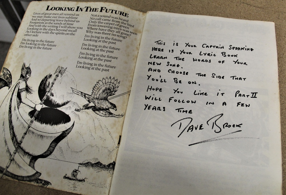 A signed Hawkwind / illustrated lyric book - some wear but regardless a really nice piece - Image 2 of 6
