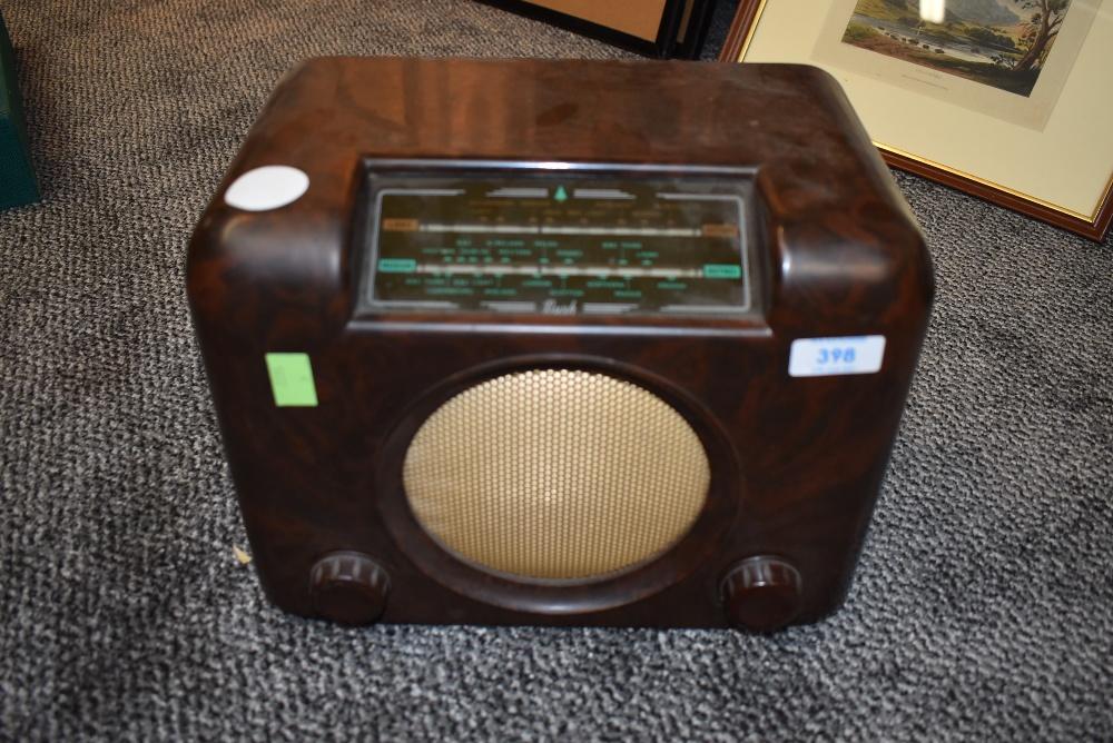 A vintage bakelite cased DAC 90A wireless