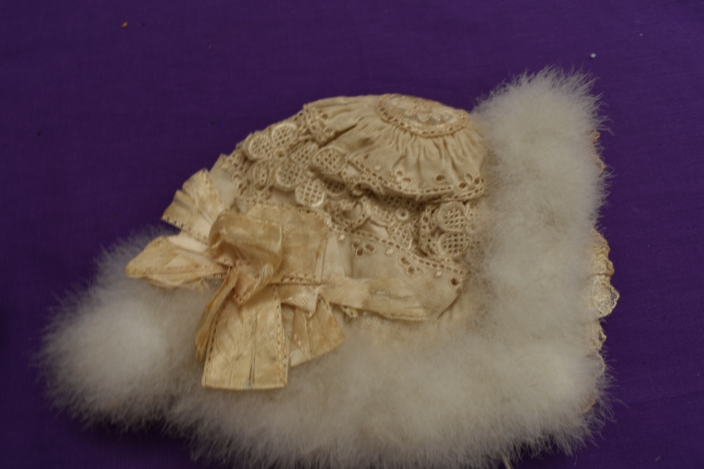 A selection of vintage and antique childrens and babies items including dresses, bonnet, under - Image 7 of 8