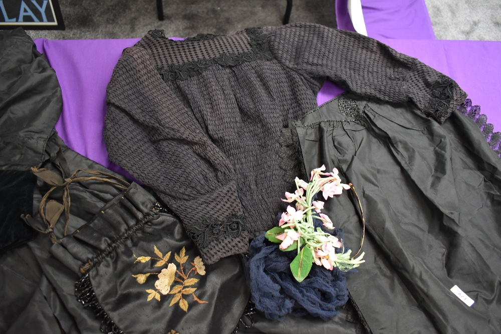 A Victorian mourning dress of silk having deep velvet band to skirt and sleeves, intricate buttons - Image 3 of 7