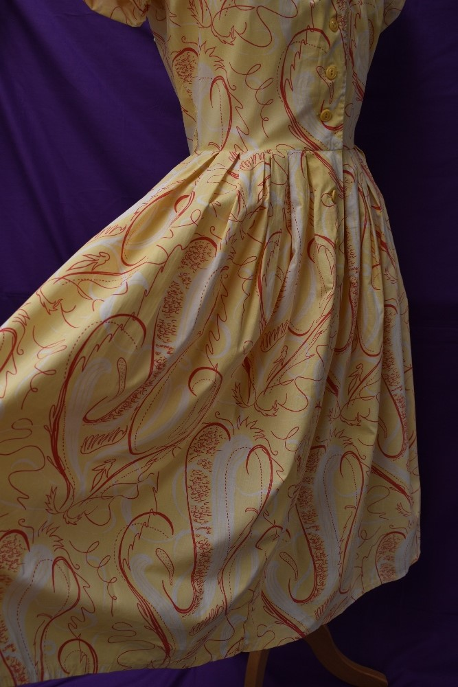 Two scarce and collectable late 1940s Horrockses cotton sun dresses in yellow, both having CC41 - Image 10 of 15