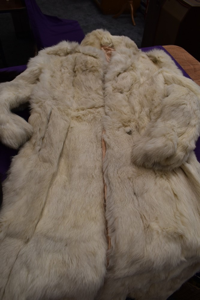 A box of vintage furs for make do and mend or repair including an ermine cape having Harrods label. - Image 3 of 4
