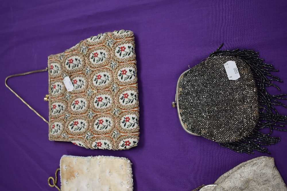 A collection of vintage evening bags beaded and embroidered examples amongst this lot - Image 2 of 3