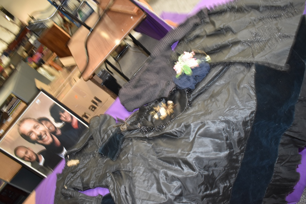 A Victorian mourning dress of silk having deep velvet band to skirt and sleeves, intricate buttons - Image 6 of 7
