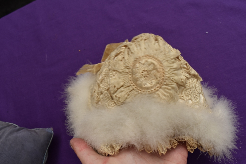 A selection of vintage and antique childrens and babies items including dresses, bonnet, under - Image 8 of 8