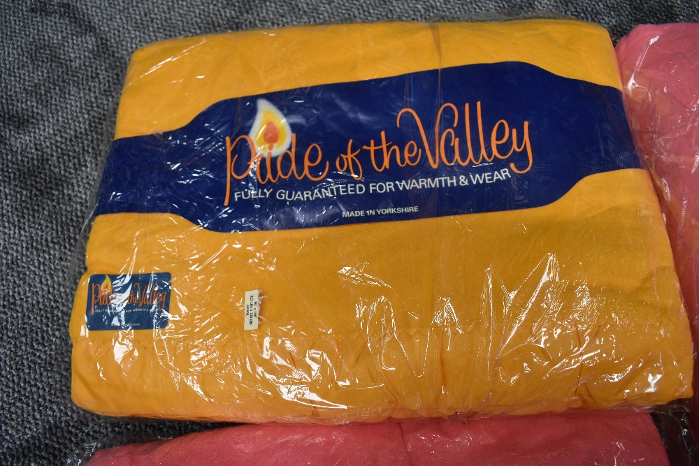 Three unused vintage 'Pride of the valley' Yorkshire blankets, still in packaging,two pink and one - Image 2 of 3