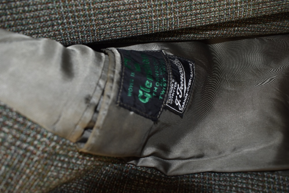 A gents 1950s Irish tweed suit in green and brown tones,button fly to trousers and three pockets - Image 2 of 4