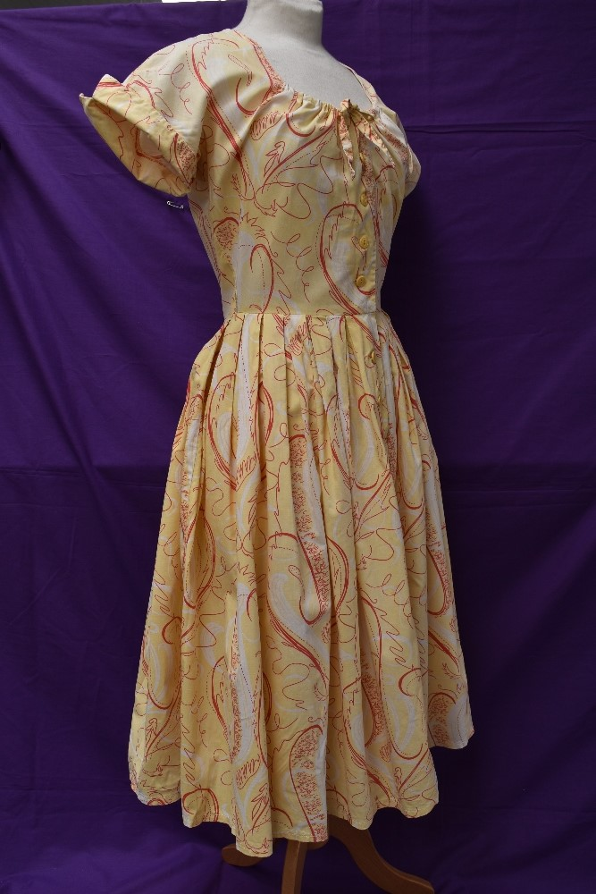 Two scarce and collectable late 1940s Horrockses cotton sun dresses in yellow, both having CC41 - Image 9 of 15
