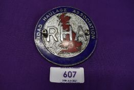 A motor car engine badge for the Road Haulage Association
