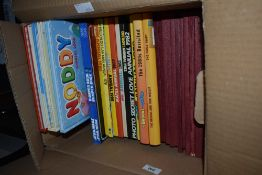 A selection of various childrens annuals and comics including thirteen The Broons and Oor Wullie