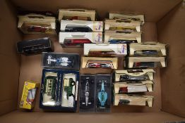 A box of modern diecasts including Lledo Days Gone, Onyx F1 etc, (22), 21 being boxed