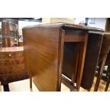 An early to mid 20th Century mahogany gate leg table