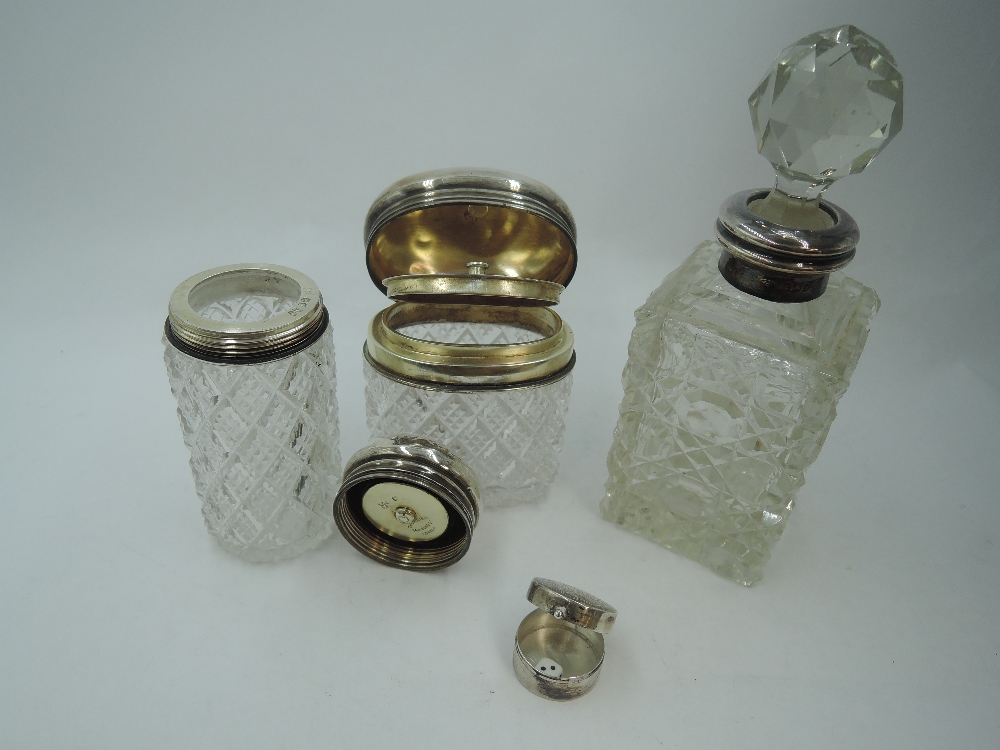 A cut glass dressing table pot having inner hinged silver gilt lid and hinged domed outer silver lid - Image 2 of 2