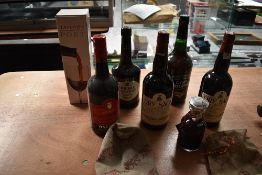Seven bottles of Port and Sherry,Dry Sack Sherry 75cl 17.5% vol x2, Taylors Vintage Port 1986 70cl