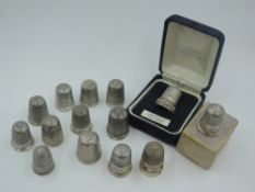 Fourteen HM silver thimbles of various forms including Chester hallmark, approx 67g