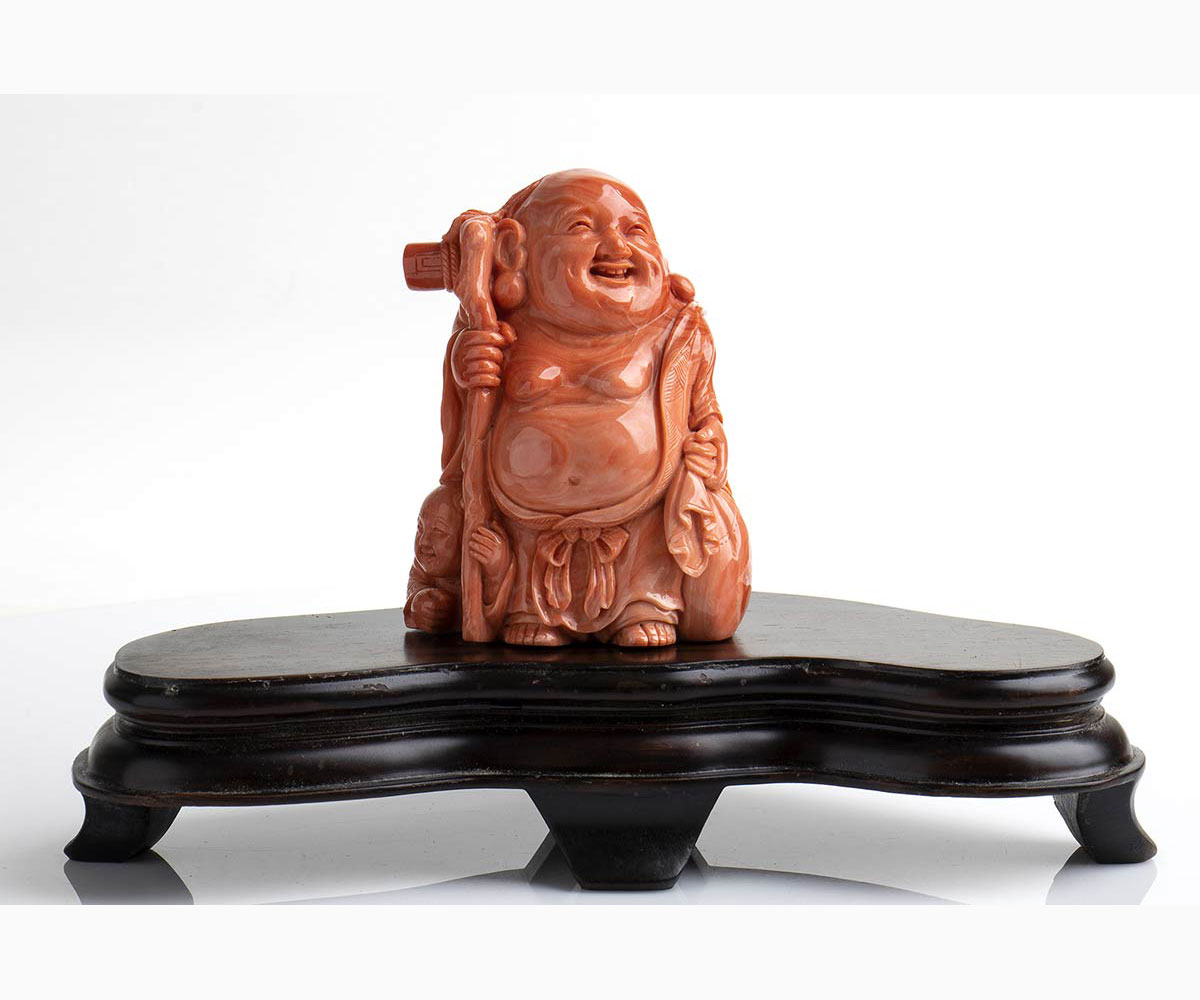 A Cerasuolo coral carving - China, 20th Century