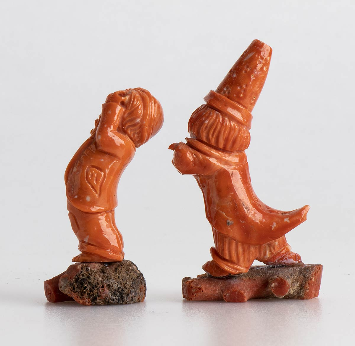 A pair of Cerasuolo coral carving - Torre del Greco, early 20th Century - Image 2 of 2