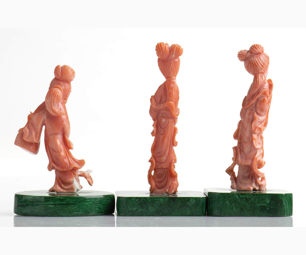Lot of three Cersuolo coral carvings - Image 2 of 2