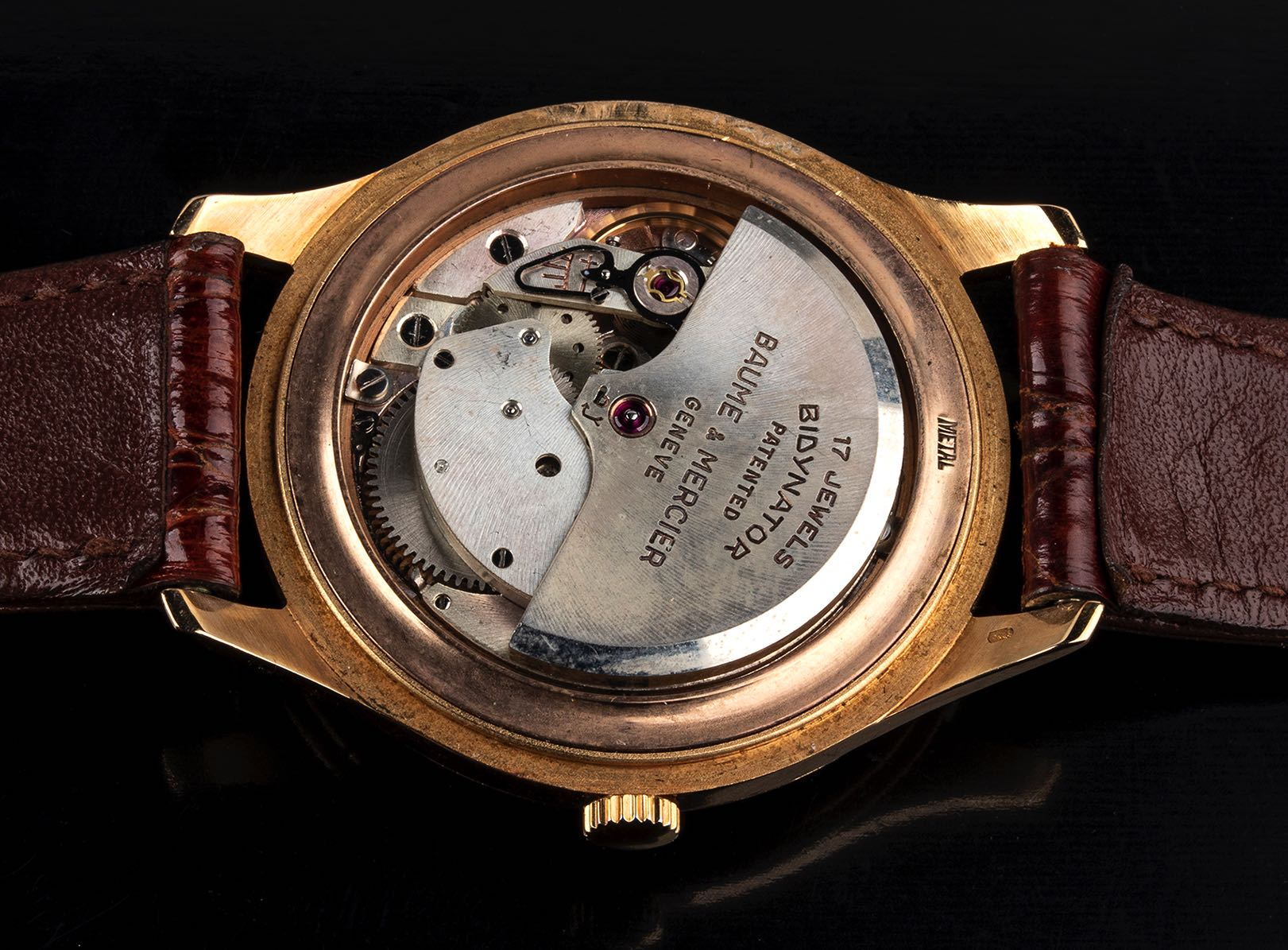 Baume et Mercier, 18 kt gold, Bubble Back Look, 50' - Image 2 of 4