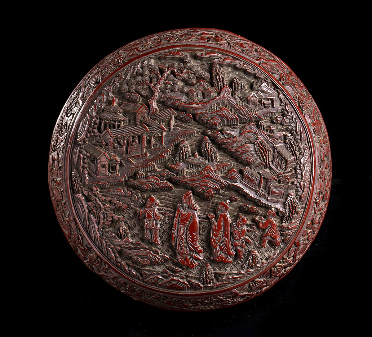 A CARVED RED LACQUER CIRCULAR BOX AND COVERChina, 19th-20th century - Image 2 of 4
