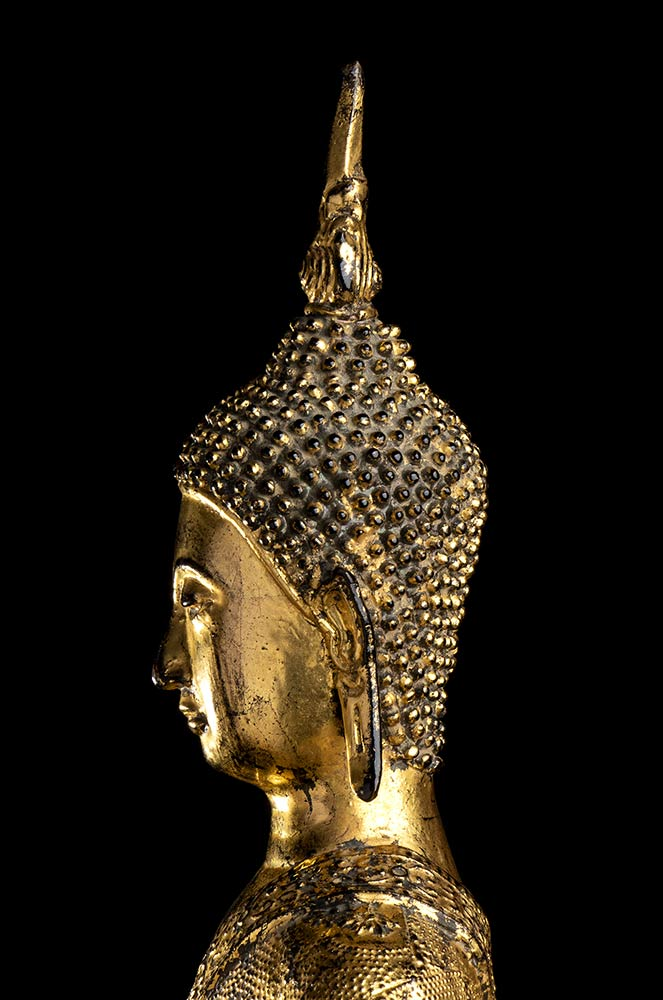 A GILT METAL STANDING BUDDHA Thailand, 20th century - Image 4 of 4