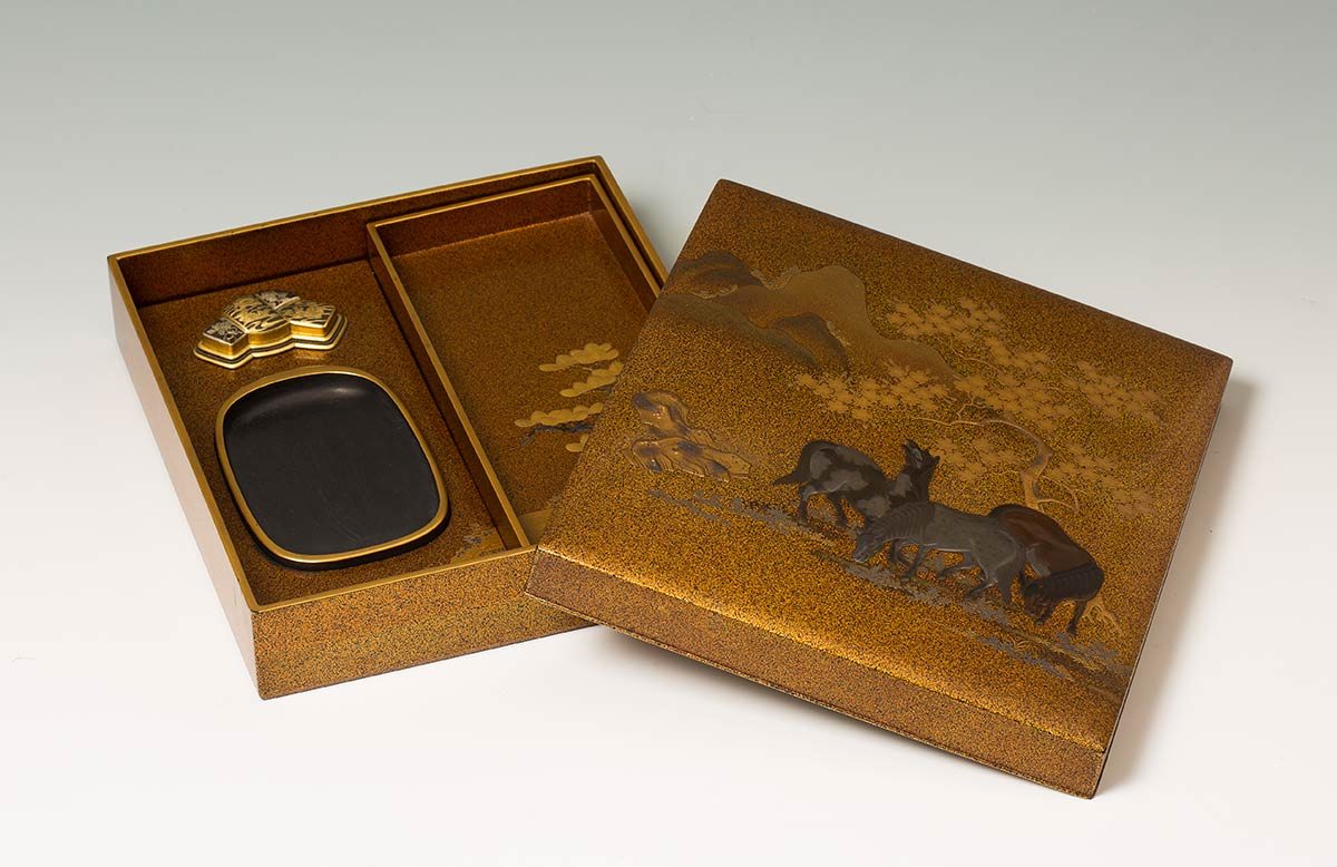 A LACQUERED AND GILT WOOD WRITING SET, SUZURIBAKOJapan, 19th century