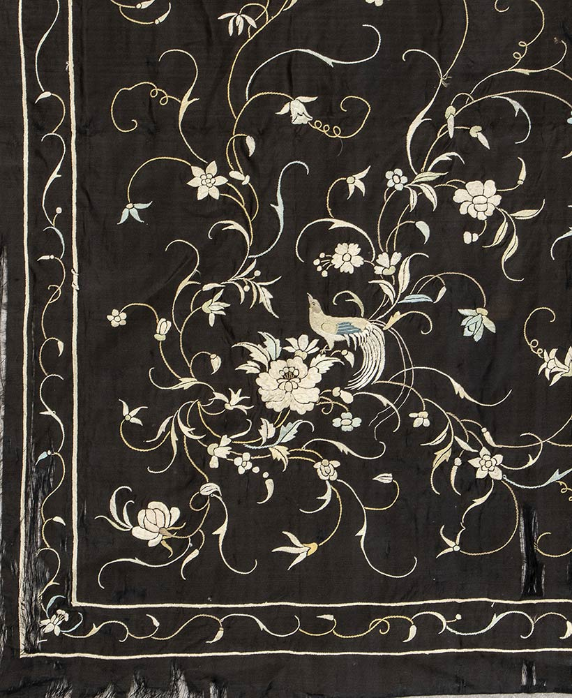 AN EMBROIDERED SILK FABRICChina, 20th century - Image 3 of 3
