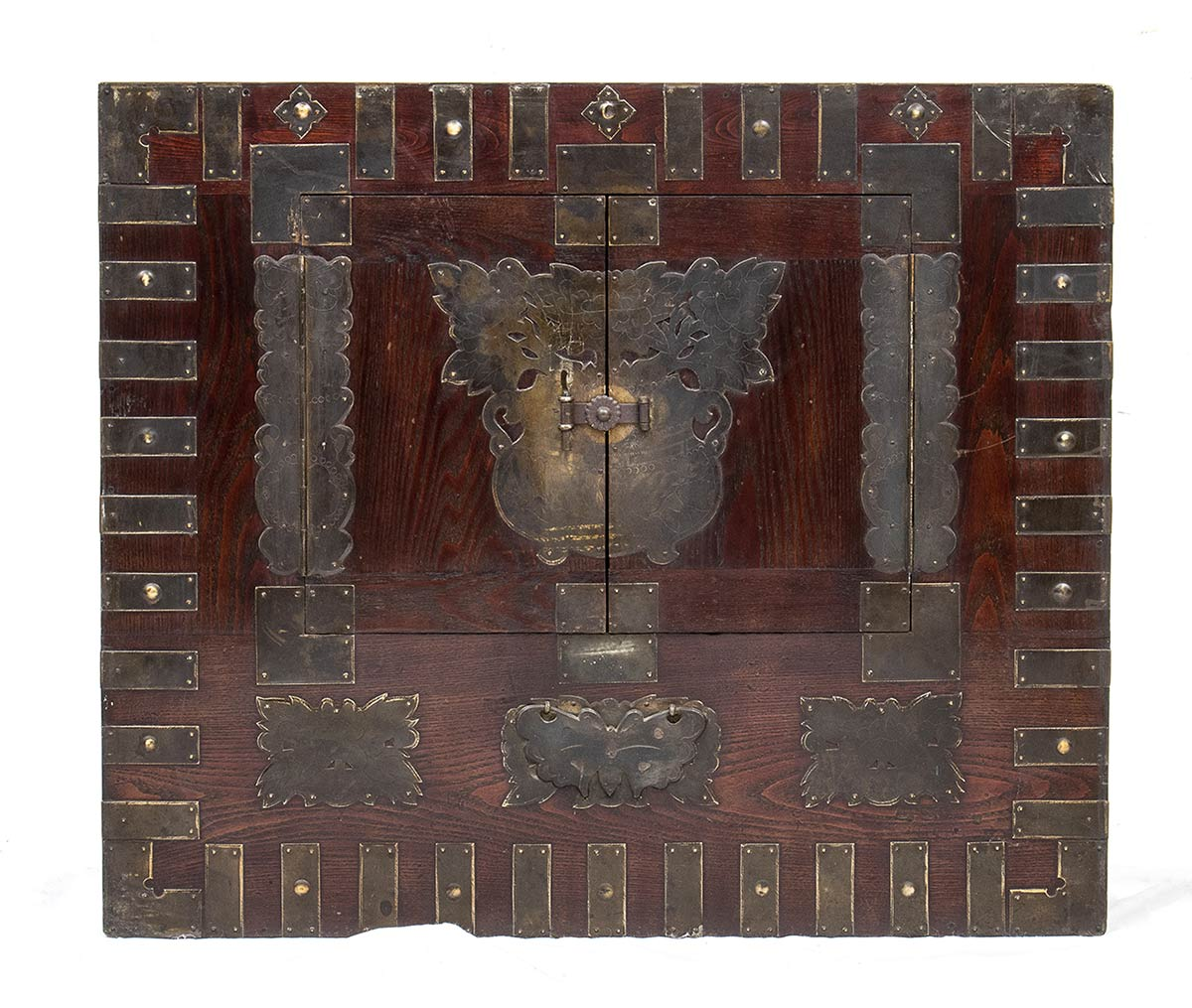 A WOOD AND METAL CHEST, BANDAJIKorea, 19th-20th century - Image 2 of 4