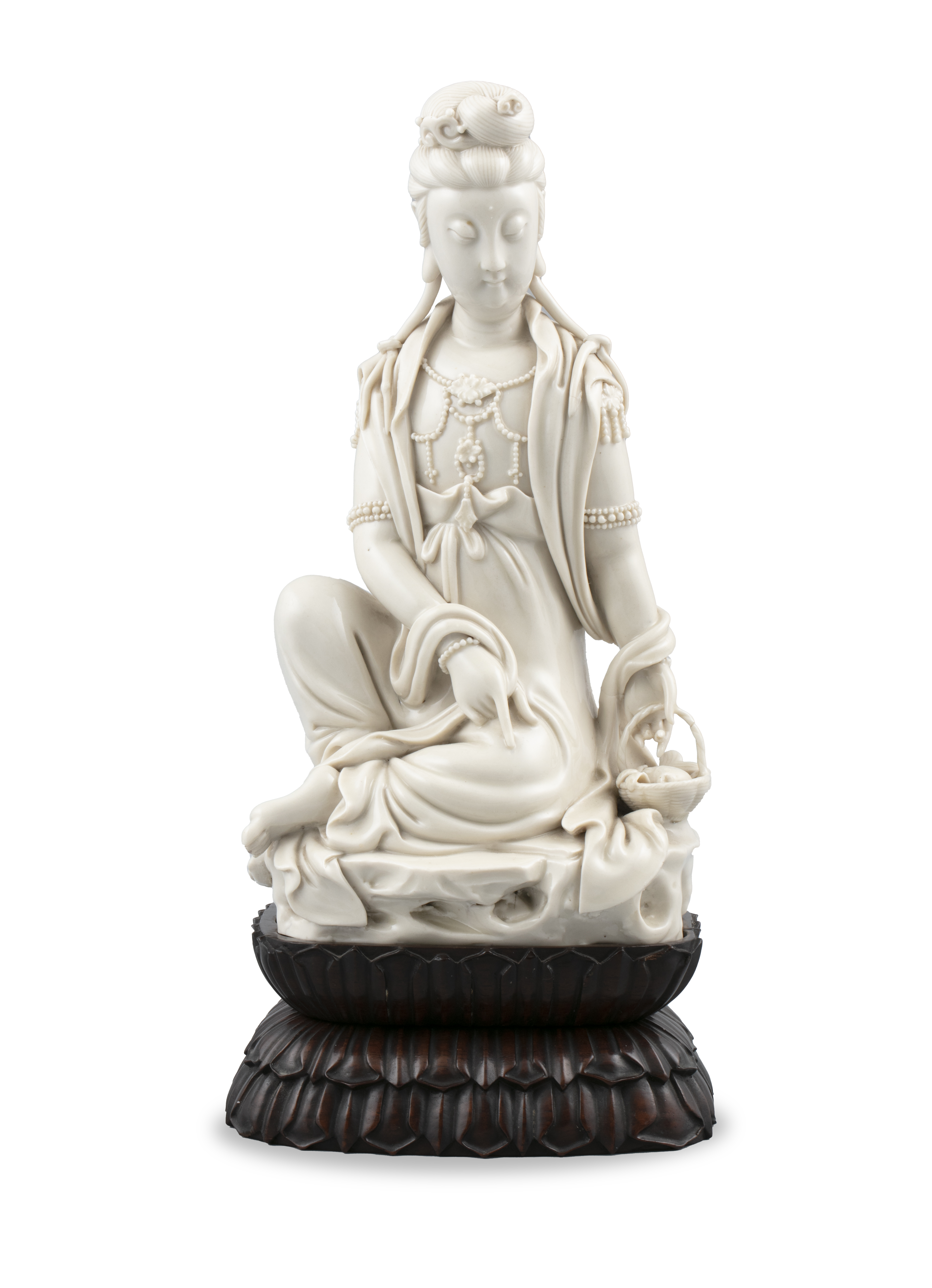 A LARGE DEHUA FIGURE OF A SEATED GUANYIN IMPRESSED WITH A HE CHAOZONG 何朝宗 CALABASH SHAPED SEAL - Image 48 of 48
