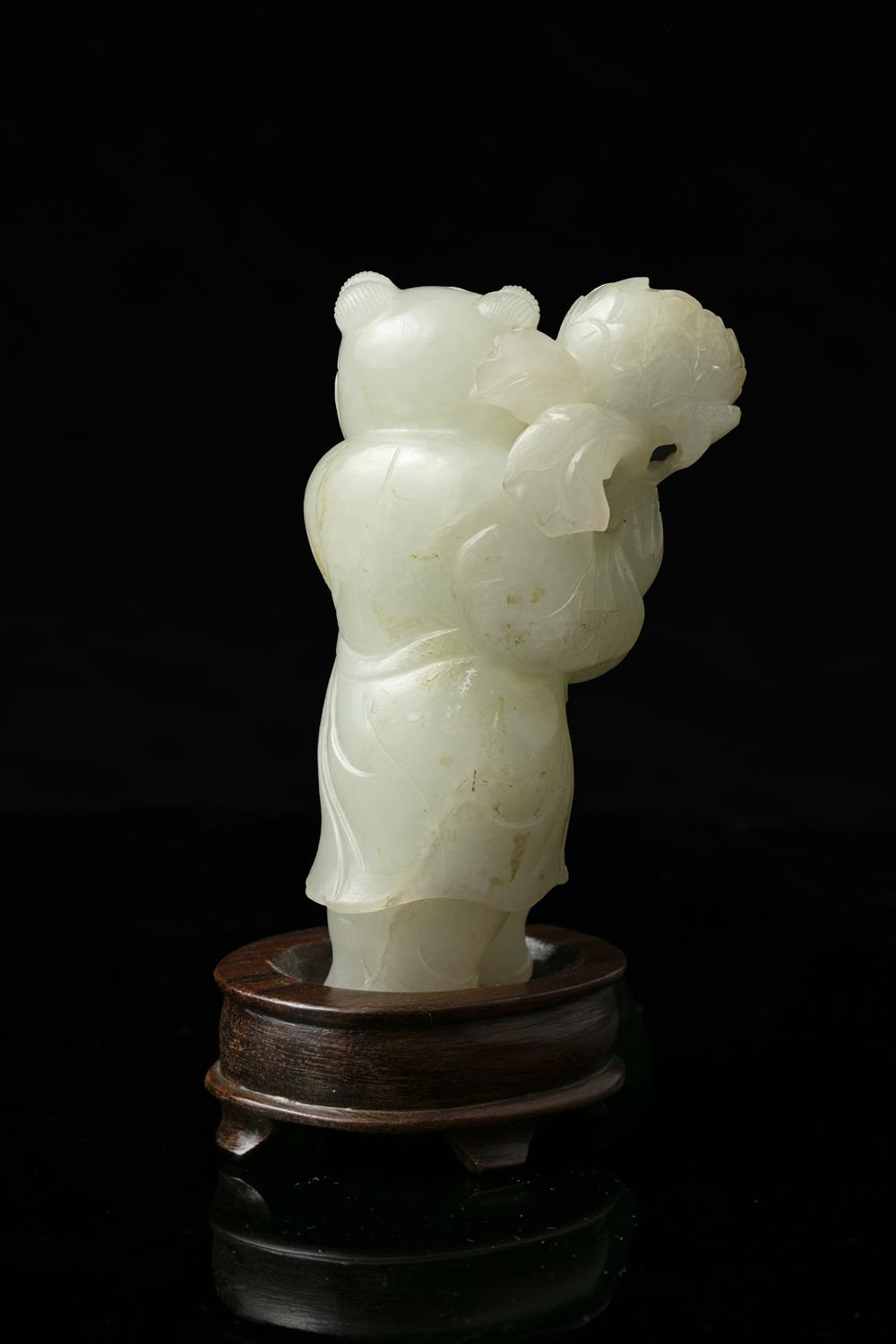 A WHITE JADE FIGURE OF A STANDING BOY WITH A LOTUS FLOWER VASE China, Qing Dynasty, 19th century - Image 13 of 14