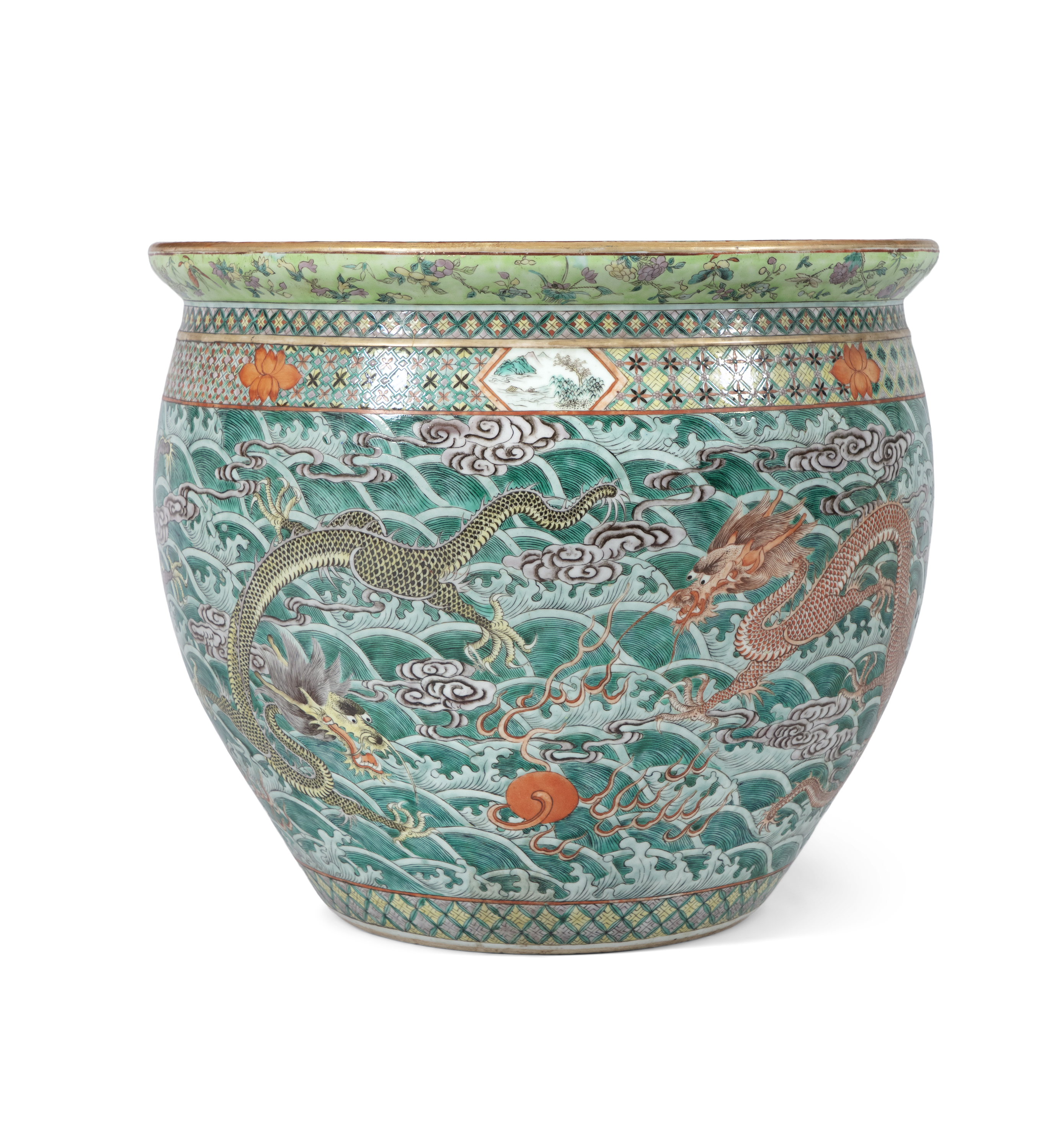 A LARGE 'FIVE-CLAWED DRAGONS' FAMILLE VERTE AQUARIUM /FISHBOWL China, Qing Dynasty, 19th century The
