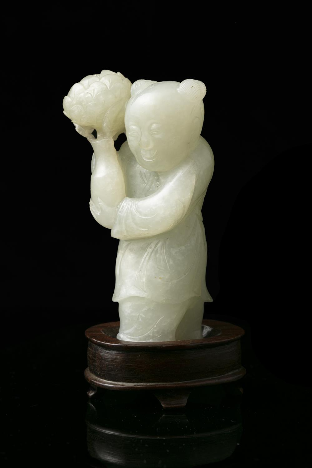 A WHITE JADE FIGURE OF A STANDING BOY WITH A LOTUS FLOWER VASE China, Qing Dynasty, 19th century - Image 11 of 14