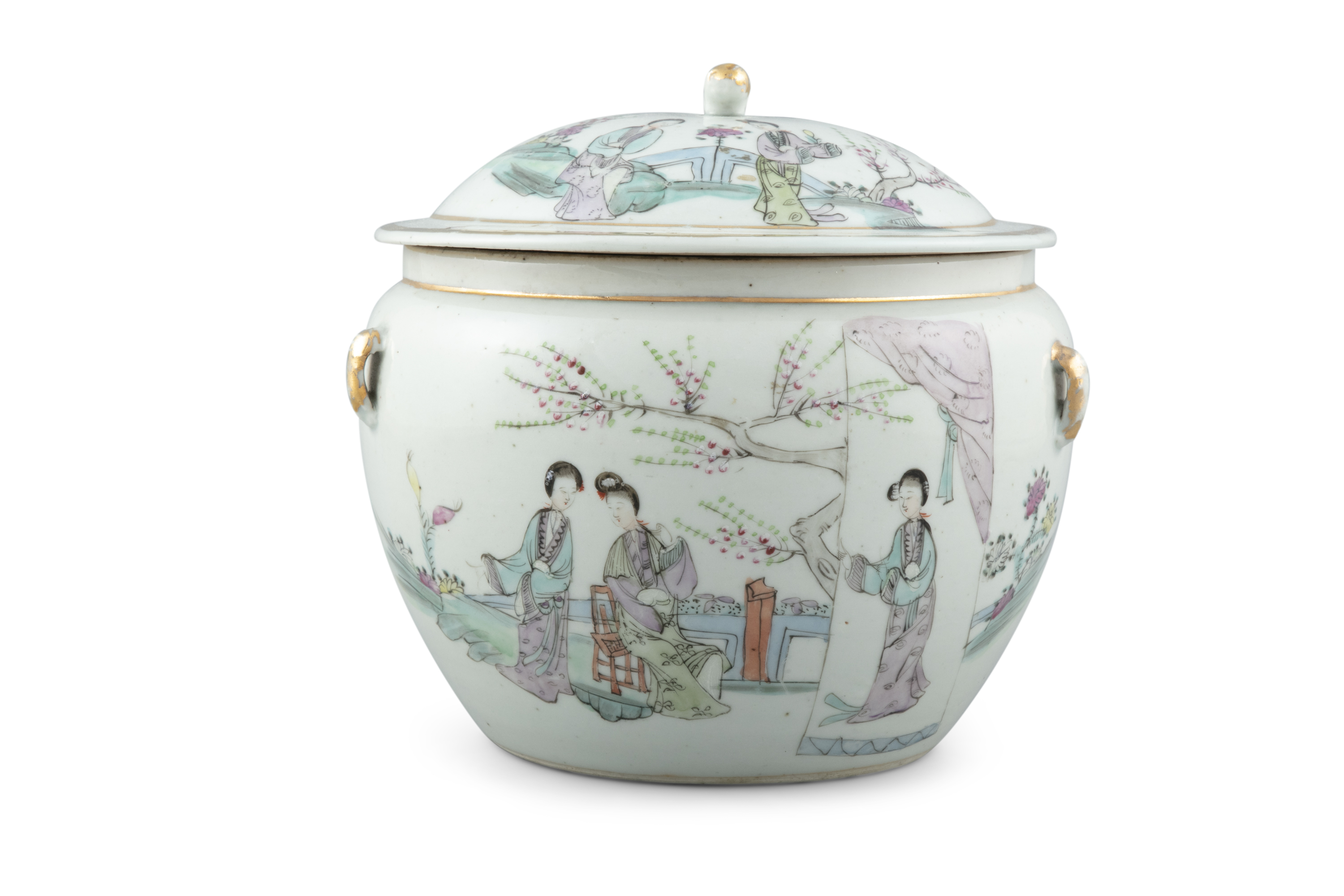 A QIANJIANG PORCELAIN TUREEN, KAMCHENG China, Republican period Adorned in the famille rose
