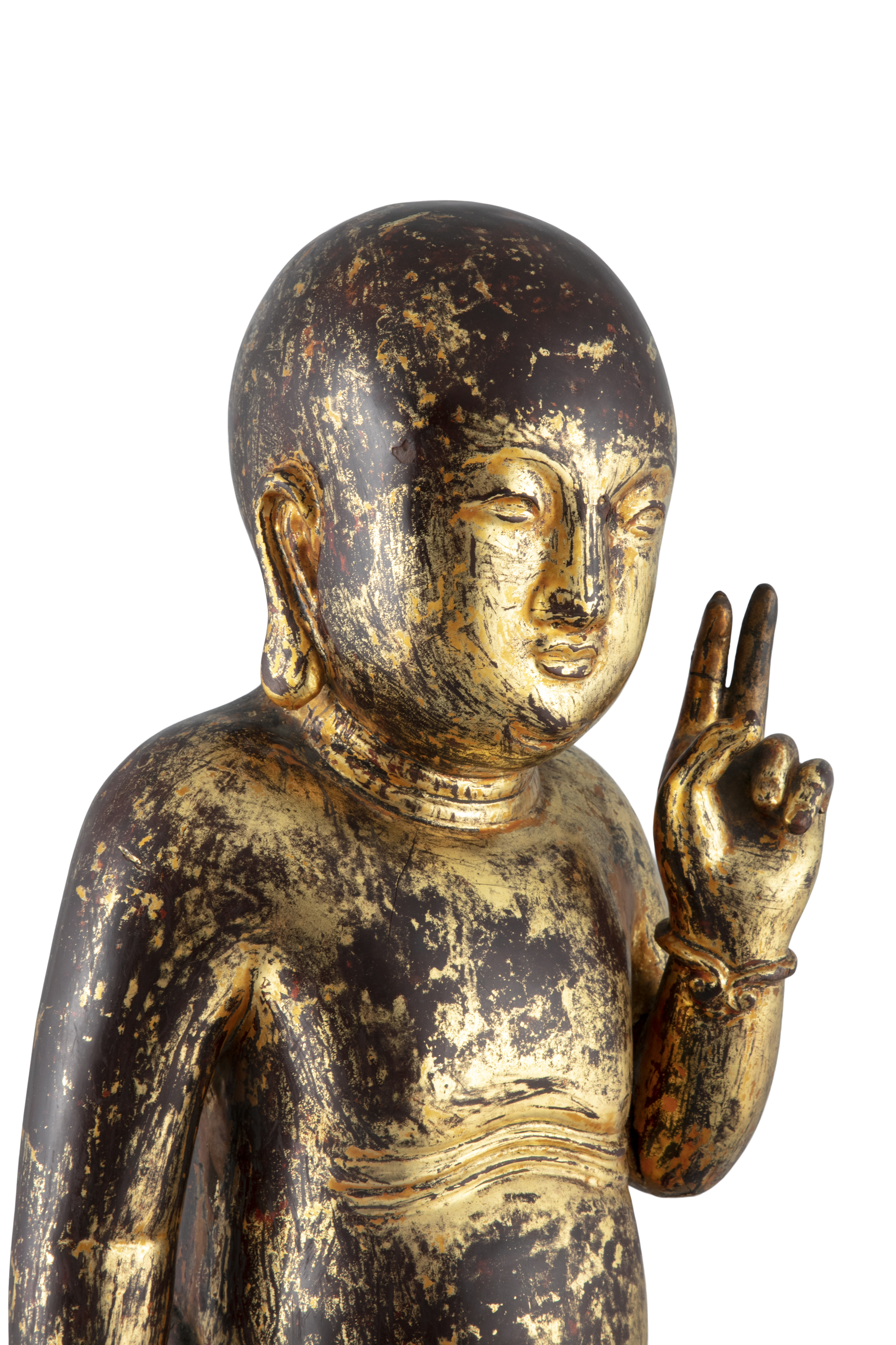 A LARGE GILT-LACQUERED WOODEN SCULPTURE OF THE STANDING INFANT BUDDHA China, Qing Dynasty (or - Image 2 of 20