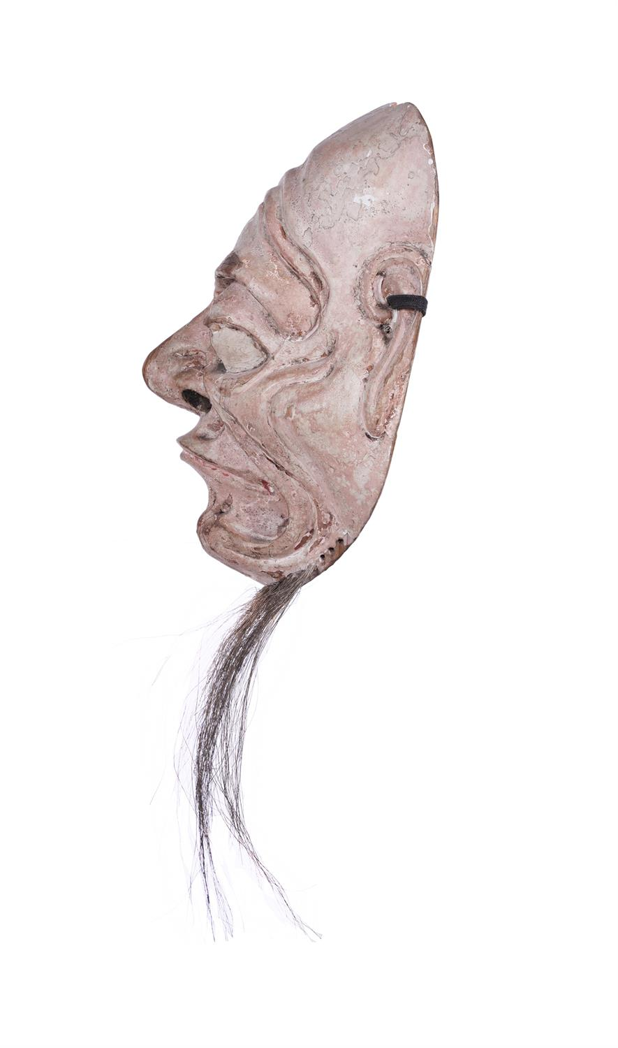 .A LACQUERED WOODEN MASK OF AN OLD MAN Japan, 19th century H: 18,2 cm - w: 14,5 cm Provenance: A - Image 4 of 4