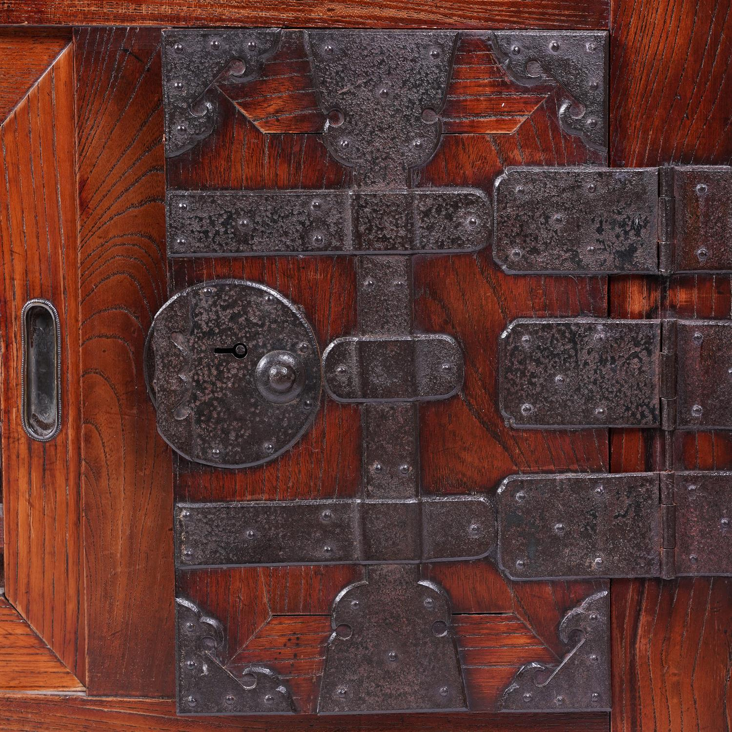 .A KEYAKI AND HINOKI WOOD DOCUMENT CHEST, CHOBA DANSU Japan, Meiji period The front part opening - Image 3 of 3