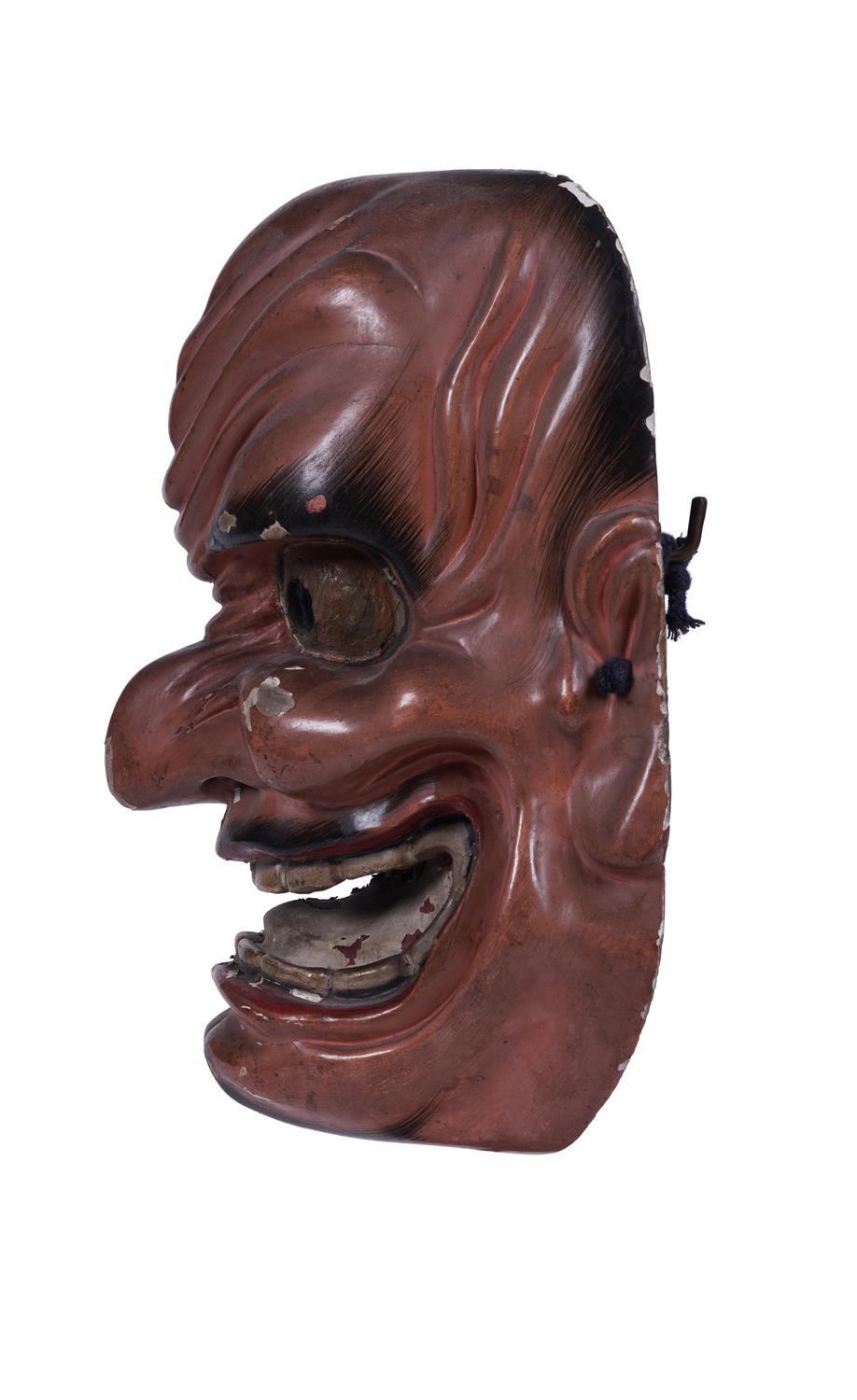 .A SIGNED RED LACQUERED WOODEN MASK Japan, 19th century The inner part bearing a signature. H: 26, - Image 5 of 6