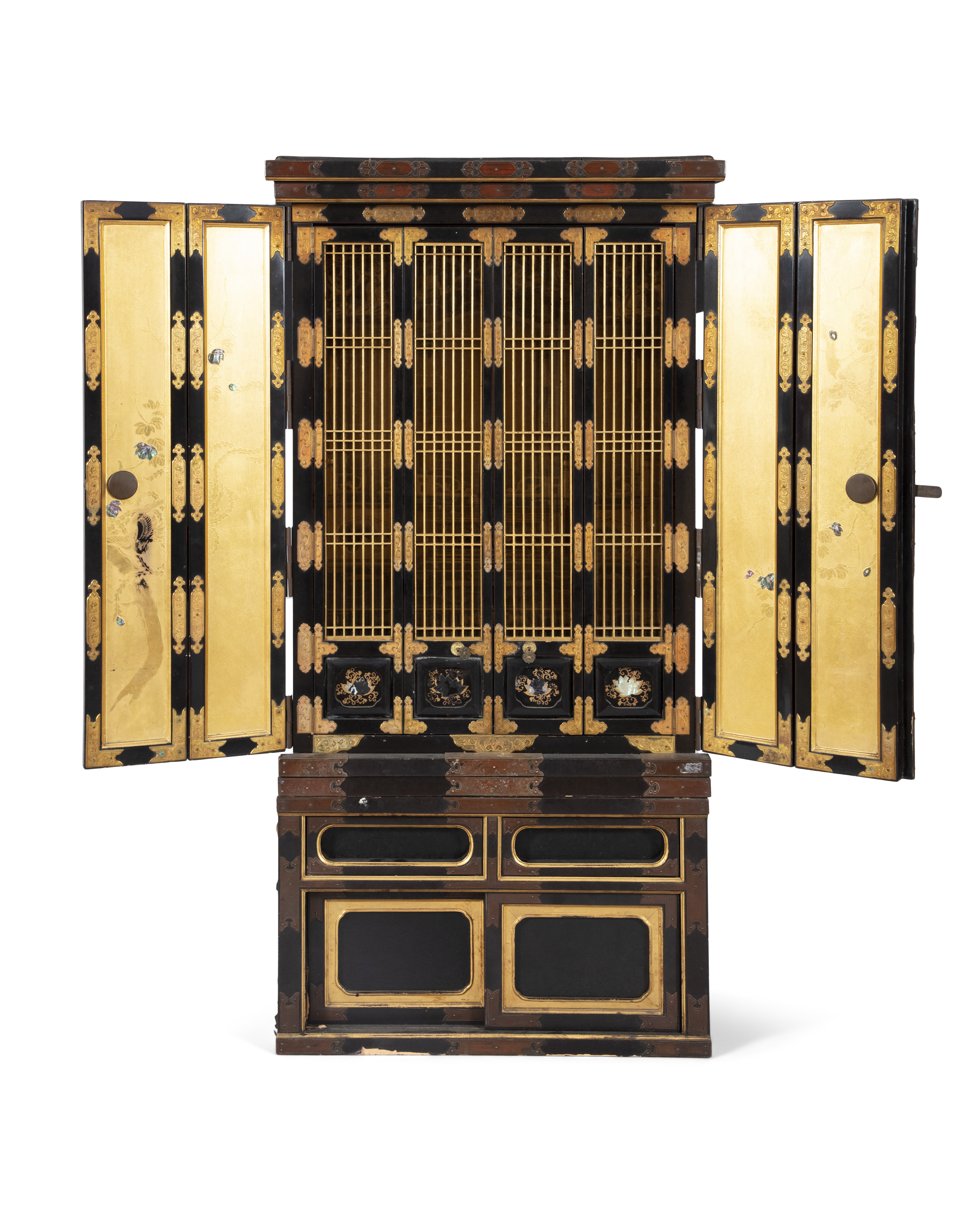 A GILT AND BLACK LACQUERED WOODEN ALTAR, BUTSUDAN Japan, 19th century It is composed of two square - Image 2 of 6