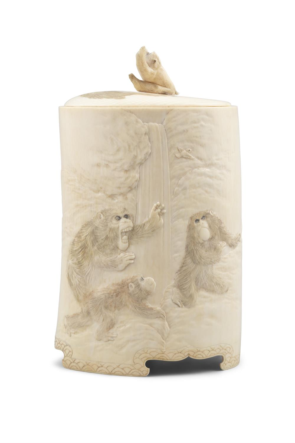 *AN IVORY 'MONKEYS AND EAGLE' BOX AND COVER Japan, Meiji period The outer is adorned in low-relief - Image 6 of 8