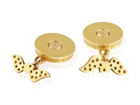 A PAIR OF GOLD CUFFLINKS, BY HERMÈS, CIRCA 1940 Each circular plaque with reeded borders,