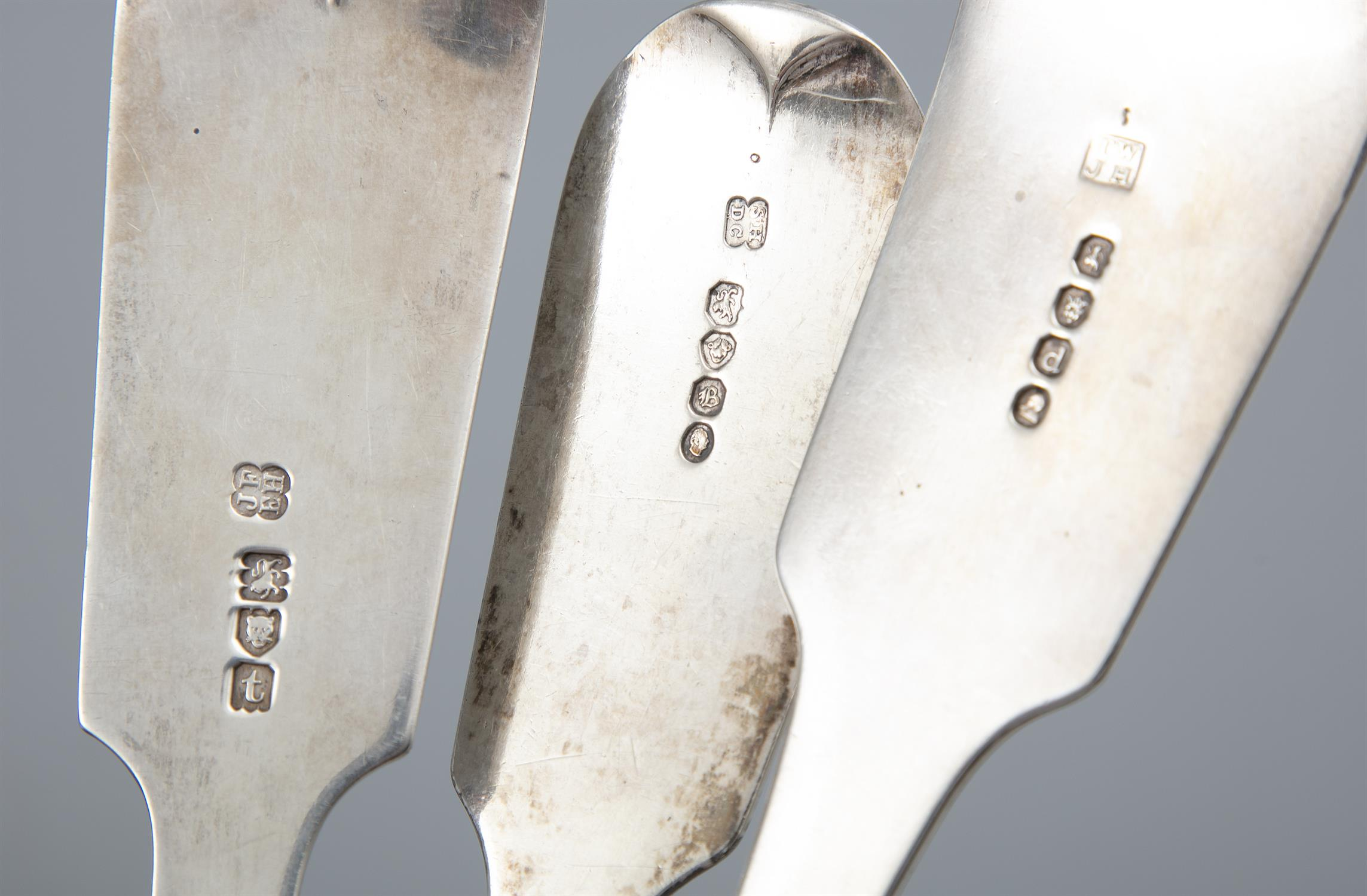 A MATCHED SET OF FIDDLE PATTERN SILVER FLATWARE, London, of various dates and makers, - Image 3 of 4
